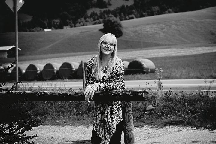 Anna  #blackandwhite #cute #nature #people #photography #mykids #monochrome Bayern/Oberammergau