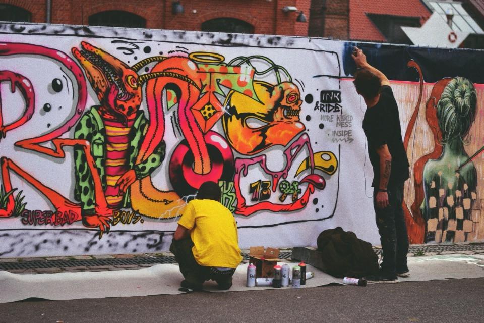 Urban Art :)  #urban #art #urbanart #people #citylife #hamburg #ink #tattoo